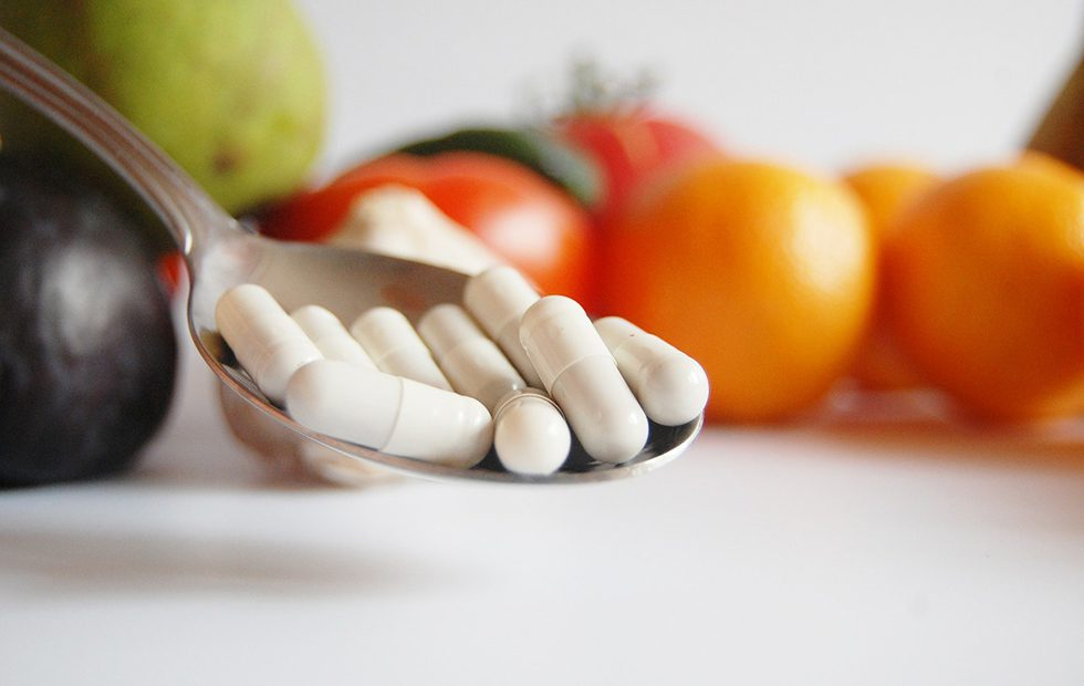 MOST POPULAR VITAMIN AND MINERAL SUPPLEMENTS PROVIDE NO HEALTH BENEFIT